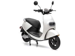 Nova Motors / Inoa S3 li 50 weiß 45 km/h 2 x Akkupack -