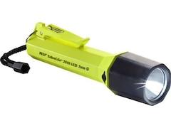 Peli Robuste LED-Taschenlampe SabreLite 2010 Recoil Z1